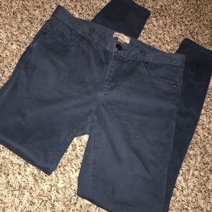 Ann Taylor Loft Skinny Jean - Size 4